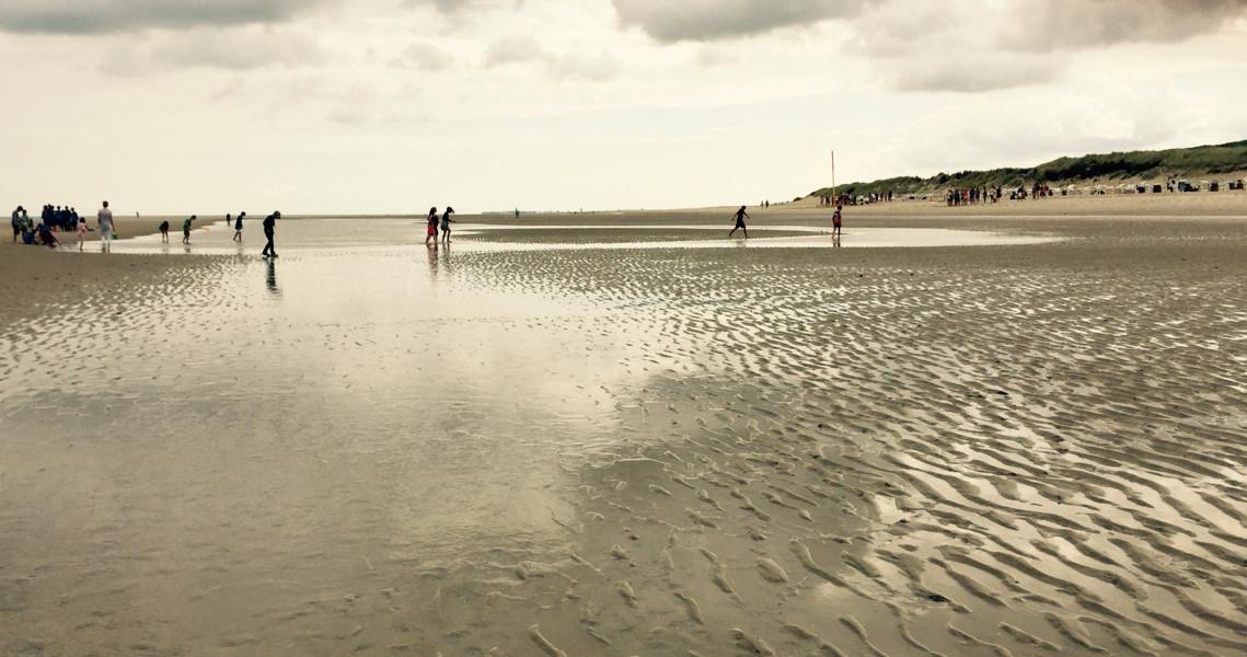 Strand und Spiele